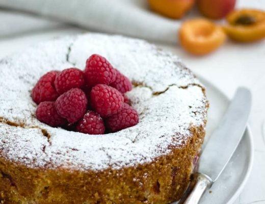 Sommerkuchen mit Marillen und Himbeeren - Lounge20.com