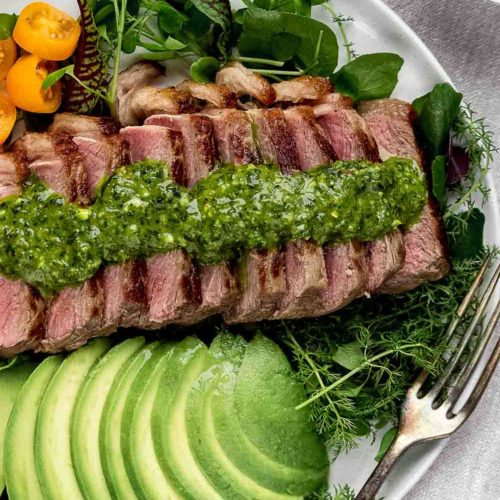 Steak Salad with chimichurri and avocados - recipe