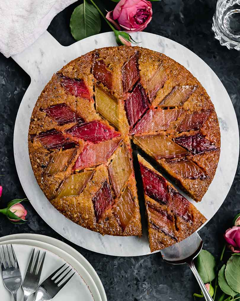 Rhubarb cake with orange and cardamom
